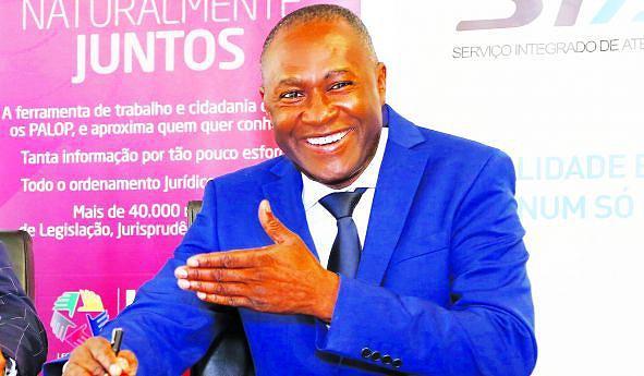 Director do SIAC, Anselmo Monetrio, garante expansão da rede a mais províncias