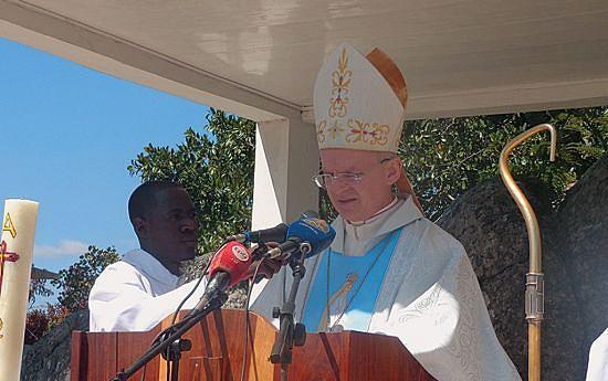 Núncio Petar Rajic abençoou a capela de Fátima no município