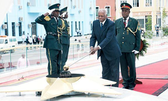 Presidente da República inaugura Monumento ao Soldado Desconhecido