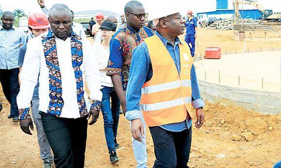 Governador provincial do Zaire, Joanes André, constatou em visita o andamento das obras de construção da nova estação de tratamento de distribuição de água potável