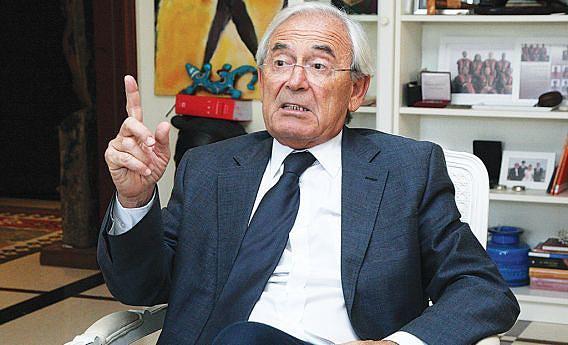 Ex-juiz-conselheiro do Tribunal Constitucional está agora jubilado depois de anos de serviço