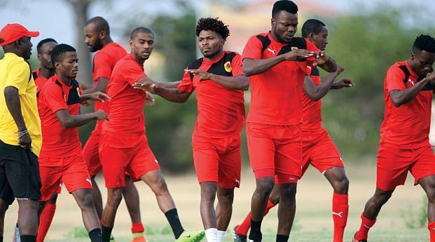 Atletas presentes nos treinos aceleram para ganhar condição física e ritmo competitivo