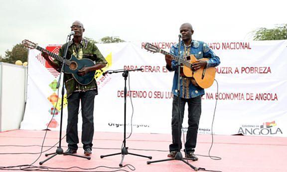 Um dos melhores duetos da história contemporânea da trova em Angola