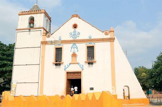 A Igreja da Muxima foi construída no século XVII e  classificada em 12 de Janeiro de 1924