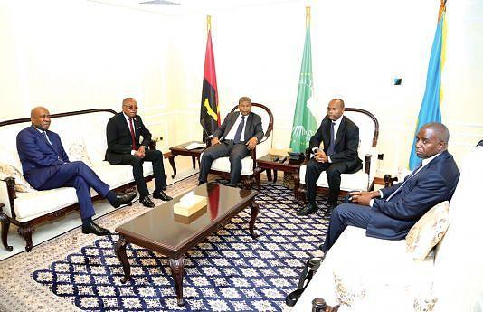 Presidente João Lourenço, desde a tarde de ontem na capital ruandesa, participa hoje na décima sessão da Cimeira de Chefes de Estado e de Governo da UA