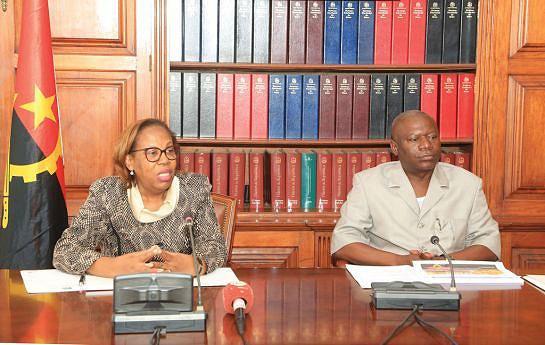 Maria Cândida Teixeira efectua visita à província do Zaire