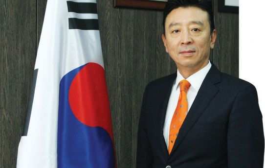 Embaixador da República da Coreia do Sul, Kim Dong-Chan