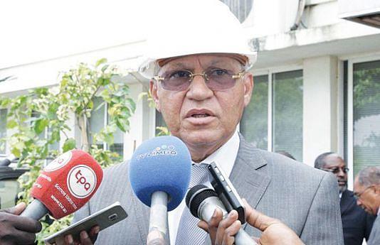 Ministro da Construção Manuel Tavares