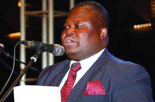 Presidente da Associação  de Repórteres de Angola