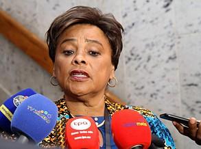 Angola no fórum das mulheres da EuroAsia
