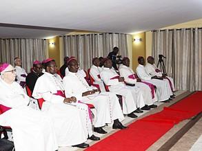Bispos católicos alertam para