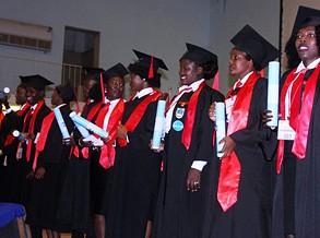 Escola Superior Politécnica outorga diplomas a novos licenciados