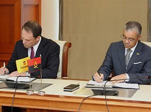 Director da Exxon Mobil, Andre Kostelnik e PCA da Sonangol, Carlos Saturnino