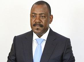 Antigo ministro dos Transportes detido por desvio de fundos