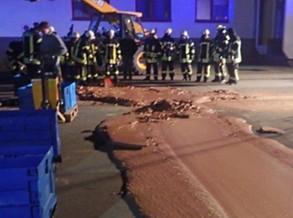 1 tonelada de chocolate invade ruas de cidade alemã