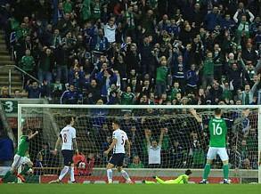 Grupo C: Irlanda do Norte bate (2-0) Noruega