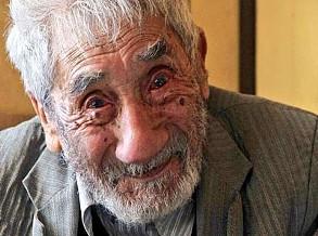 Morreu o homem mais velho do mundo, com 121 anos