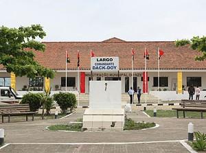 Edifício sede da Administração Municipal do Nzeto-Zaire