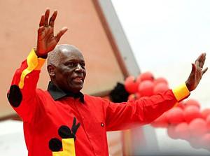 José Eduardo dos Santos recandidata-se à presidencia do MPLA