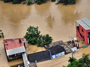 Sobe para 126 número de vítimas mortais em inundações no Sri Lanka