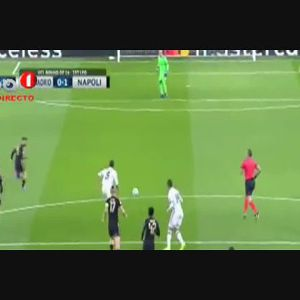 Real Madrid vence Nápoles por 3-1