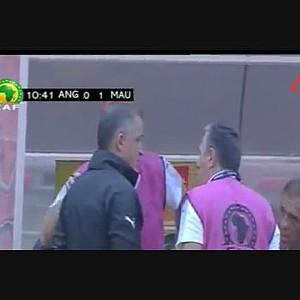 Penalti indiscutivel sobre Gelson Dala