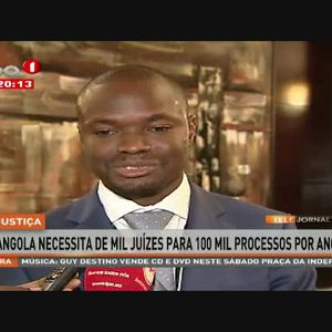 Angola necessita de mil juízes para 100 mil processos por ano