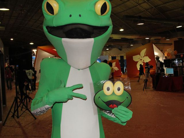 Mascote SAPO diverte-se na FILDA