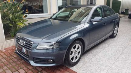 Audi A4 2.0 TDi Exclusive Multi. (143cv) (4p)