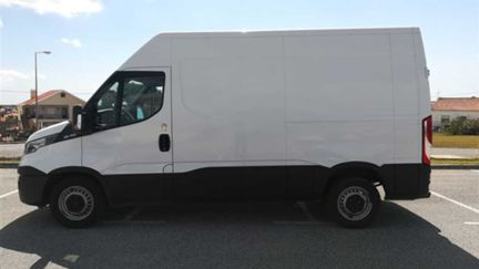 Iveco Daily 2.3 126HP (VENDIDA)