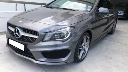 Mercedes-Benz Classe CLA 200 Shooting Brake AMG LINE