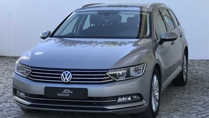 Volkswagen Passat V. 2.0 TDi Highline BlueMotion (150cv) (5p)