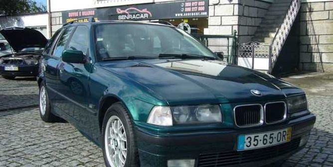 BMW Série 3 318 tds Touring Exclusive (90cv) (5p)