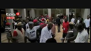 Taxistas no Huambo doam sangue ao hospital Geral