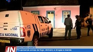 Santiago Norte: Policia Nacional apreende armas de fogo, dinheiro e drogas e man
