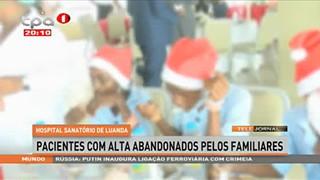 Festa de natal - Anima pacientes do Hospital Sanato?rio de Luanda
