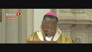 Missa do Galo - Arcebispo de Luanda pede maior atenc?a?o aos pobres e aos mais n