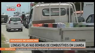 Escassez de Gasolina, longas filas nas bombas de combusti?vel em Luanda