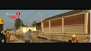 Malanje - Valas de drenagens esta?o a ser feito no bairro da Canambua