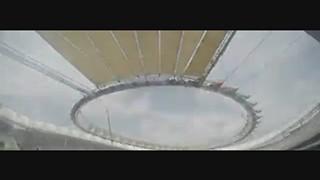 96 painéis num minuto: Como foi coberto o novo estádio do Atlético de Madrid