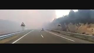 Chamas envolvem autoestrada e espanham o pânico em Espanha