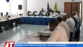 Assembleia Municipal do Porto Novo aprova instrumentos de gestão camarária para