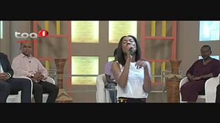 """Isidora Campos """"Mwuangole"""" concidada do janela Aberta"""