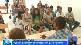35 jovens participam de formação em guia de turismo comunitário em São Vicente