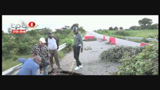 Chuva na Huila - pontes sobre os rios katala e Dondelo em riscp de desabar