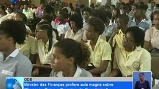 Ministro das Finanças profere aula magna sobre