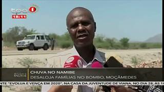 Chuva no Namibe - desaloja fami?lias no Bombo, Moc?a?medes