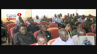 Poli?cia em Cabinda - Analisa procedimentos na actuac?a?o