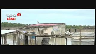Chuva em Benguela- Mais de 100 casas destrui?das e 60 fami?lias desalojadas no C