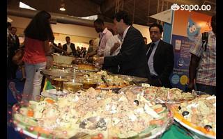 Portugal inaugura pavilhão com banquete
